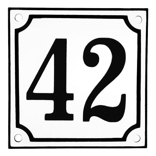 Emaljskylt 42 vit - svart 10 x 10 cm modell 10