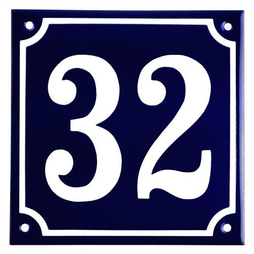 Emaljskylt 32 blå - vit 15 x 15 cm modell 11