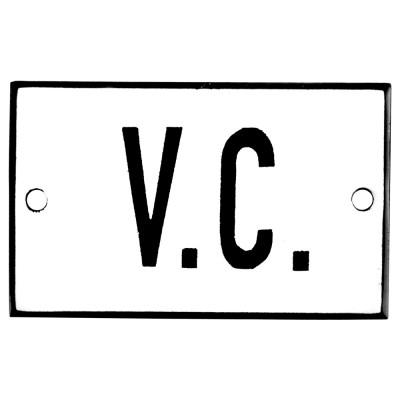 Emaljskylt V.C. vit - svart 8 x 5 cm modell 2