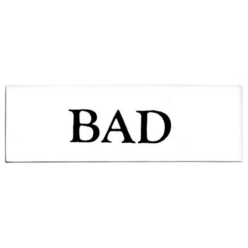 Emaljskylt BAD vit - svart 6 x 2 cm modell 9
